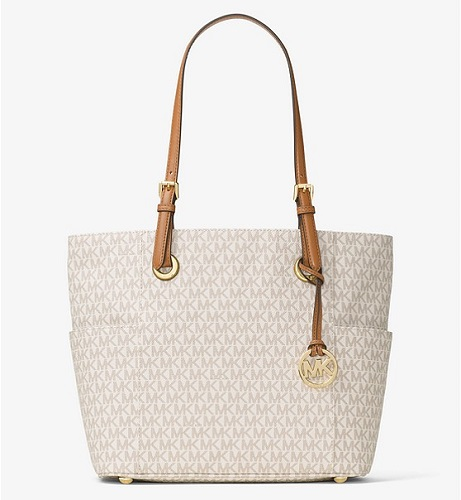 aa99580736f70 Michael Kors Jet Set Review. Michael Kors Vanilla